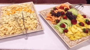 Cheese & Crackers, Fresh Fruit